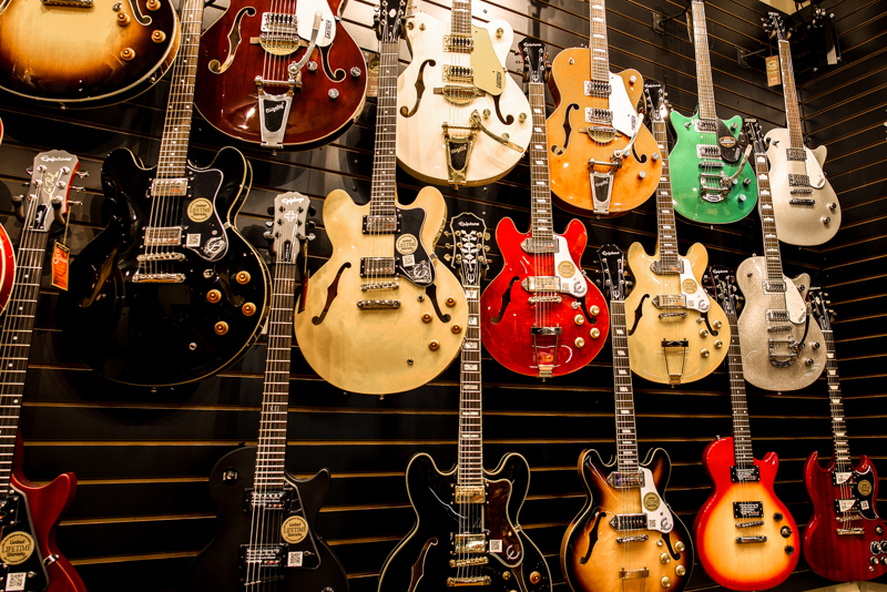 Beau Monde Guitars